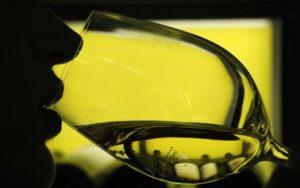 Λίγο κρασί κάνει καλό, όταν συνδυάζεται με σωματική άσκηση   naftemporiki.gr